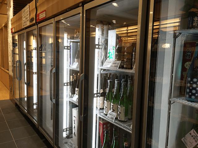 銘酒ばかりが並ぶ日本酒コーナーは圧巻!日本橋ふくしま館MIDETTE。