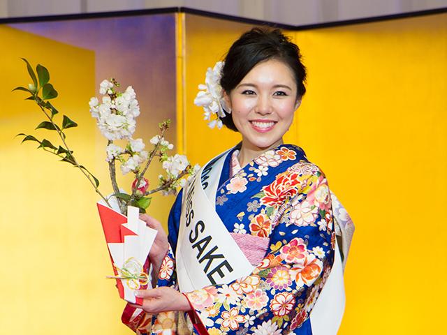 グランプリに輝いた神奈川県代表の須藤亜紗実さん