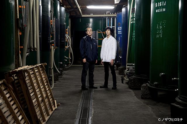 「黒澤酒造」黒澤孝夫社長(左)と洋平杜氏(右)。兄弟で蔵を守っています(画像提供:黒澤酒造)