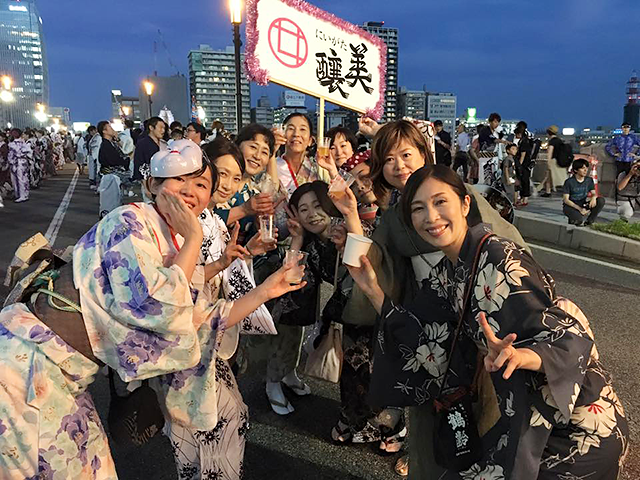日本酒コミュニティ「にいがた美醸」10周年記念酒「おんな盛」発売決定!